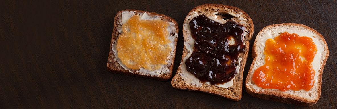 Kruh Bez Glutena s pekmezom